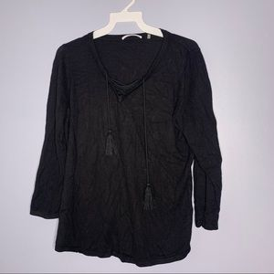 T Tahari black lace up front 3/4 sleeve sweater